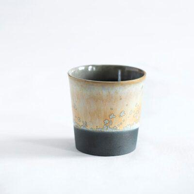 Espressokop beige sort håndlavet keramik krus Lena Pedersen porcelæn København