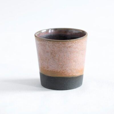 espressokop i lyserød sort krus håndlavet keramik Lena Pedersen porcelæn København