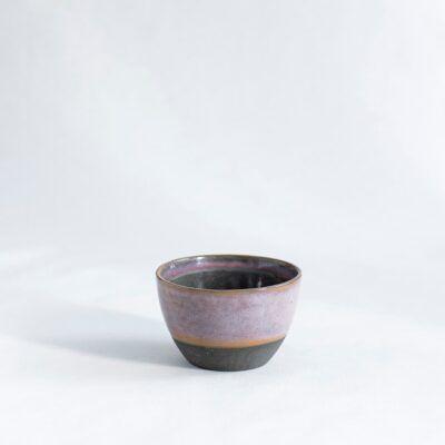 lille skål i lyserød sort dansk design keramik håndlavet Lena Pedersen