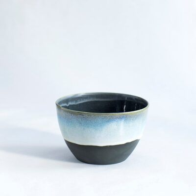 skål mellem høj sort blå i håndlavet keramik Lena Pedersen København porcelæn